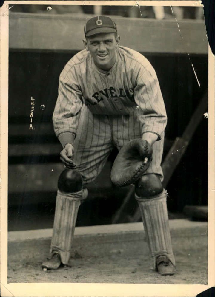 Baseball card of Cleveland Indians catcher Steve O'Neill