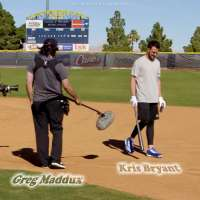 Cubs star Kris Bryant gets pranked by Hall of Fame pitcher Greg Maddux
